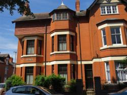 Terraced House For Sale Highfields Leicester Leicestershire LE5