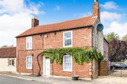 Semi Detached House For Sale Londonthorpe GRANTHAM Lincolnshire NG31