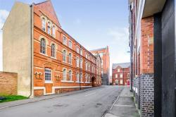 Flat For Sale  Kettering Northamptonshire NN16