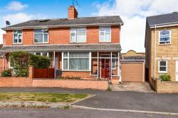 Semi Detached House For Sale Greenway Crescent Taunton Somerset TA2