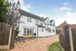 Detached House For Sale  Yoxall Staffordshire DE13
