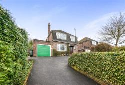 Detached House For Sale  Redhill Surrey RH1