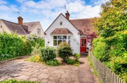Semi - Detached Bungalow For Sale  Stratford-Upon-Avon Warwickshire CV37