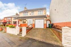 Detached House For Sale  Wednesbury West Midlands WS10