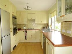 Semi Detached House For Sale Copthorne Crawley West Sussex RH10