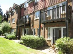 Flat For Sale Copthorne Common Road Copthorne West Sussex RH10
