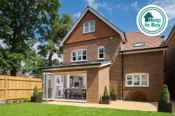 Detached House For Sale Ifield Crawley West Sussex RH11