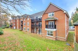 Flat For Sale Worth Park Avenue CRAWLEY West Sussex RH10