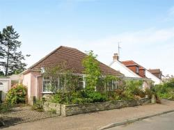 Detached Bungalow For Sale  Horsham West Sussex RH12