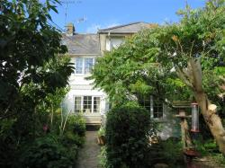 Semi Detached House For Sale Durrington Salisbury Wiltshire SP4