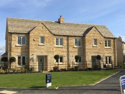 Terraced House For Sale  Tetbury Gloucestershire GL8
