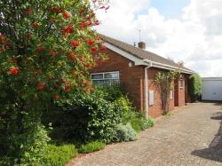 Detached Bungalow For Sale  Malvern Worcestershire WR14
