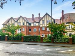 Flat For Sale Worcester Road Malvern Worcestershire WR14