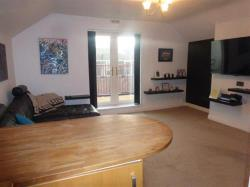 Flat To Let  BRISTOL Gloucestershire BS15