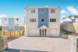 Detached House To Let  PLYMOUTH Devon PL9