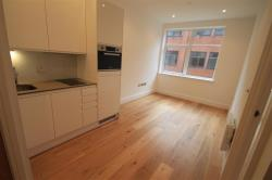 Flat To Let Park Street West LUTON Bedfordshire LU1
