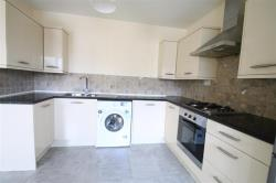 Flat To Let Blenheim Crescent LUTON Bedfordshire LU3