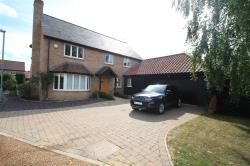 Detached House To Let Sharpenhoe BEDFORD Bedfordshire MK45