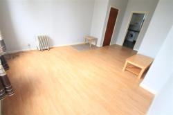 Flat To Let Hart Hill Drive LUTON Hertfordshire LU2