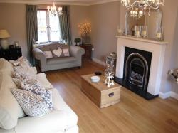 Detached House To Let Oxley Park MILTON KEYNES Buckinghamshire MK4