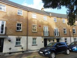 Terraced House To Let Kingsmead MILTON KEYNES Buckinghamshire MK4