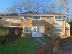 Terraced House To Let  NEWPORT PAGNELL Buckinghamshire MK16