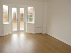 Terraced House To Let Hampton Vale PETERBOROUGH Cambridgeshire PE7
