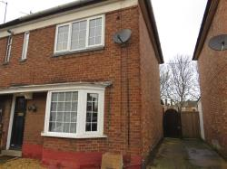 Terraced House To Let  PETERBOROUGH Cambridgeshire PE4