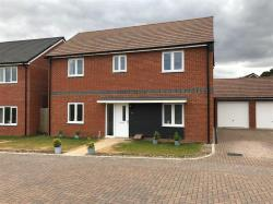 Detached House To Let  Basingstoke Hampshire RG24