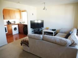 Flat To Let  SOUTHAMPTON Hampshire SO19