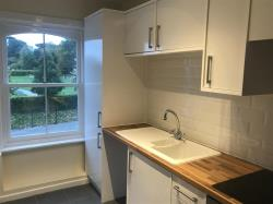 Flat To Let West Street DUNSTABLE Bedfordshire LU6