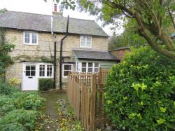 Semi Detached House To Let off Well Street Buckingham Buckinghamshire MK18