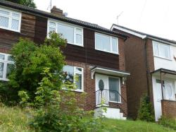 Detached House To Let  HIGH WYCOMBE Buckinghamshire HP13