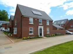 Detached House To Let  EXETER Devon EX2