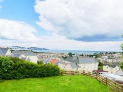 Terraced House To Let  PAIGNTON Devon TQ4