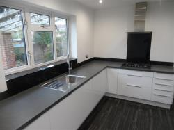 Detached House To Let  POOLE Dorset BH17