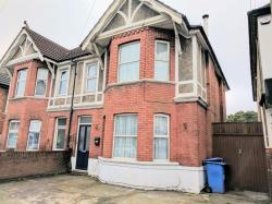 Semi Detached House To Let  POOLE Dorset BH14