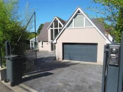 Detached House To Let  POOLE Dorset BH12