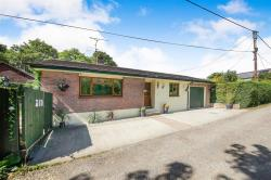 Detached Bungalow To Let Charlton Marshall BLANDFORD FORUM Dorset DT11