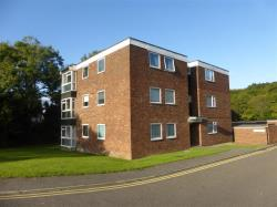 Flat To Let Rayleigh Road BENFLEET Essex SS7