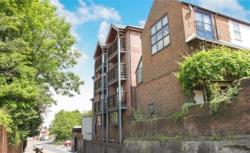 Flat To Let Cathedral View WINCHESTER Hampshire SO23
