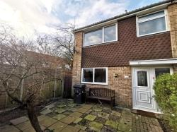 Terraced House To Let  ROMSEY Hampshire SO51