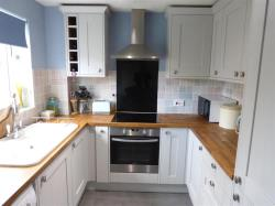 Terraced House To Let Belmont HEREFORD Herefordshire HR2