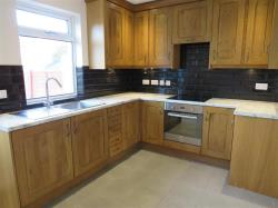 Terraced House To Let  HEREFORD Herefordshire HR4