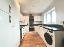 Flat To Let Hunton Bridge Kings Langley Hertfordshire WD4