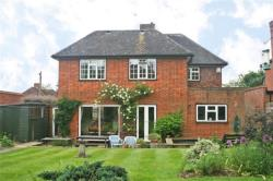 Detached House To Let  WELWYN GARDEN CITY Hertfordshire AL8