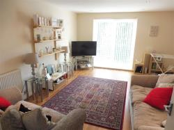 Flat To Let  WELWYN GARDEN CITY Hertfordshire AL7