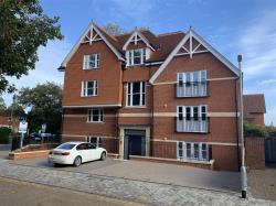 Flat To Let 43 Queens Avenue CANTERBURY Kent CT2