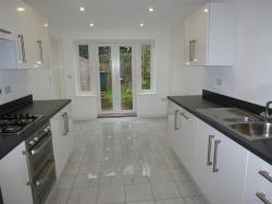 Terraced House To Let  MAIDSTONE Kent ME15