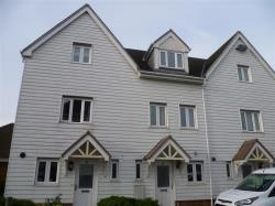 Terraced House To Let  Larkfield Kent ME20